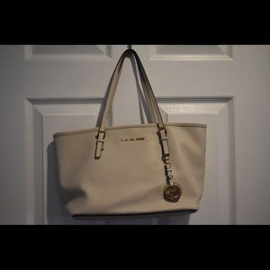 Michael Kors Small Jet Set Saffiano Tote
